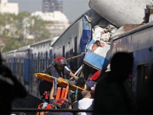Arjantin'de tren faciası: 40 ölü