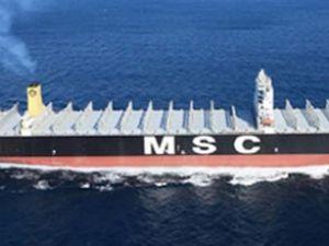 Dev gemi Çanakkale'den geçti