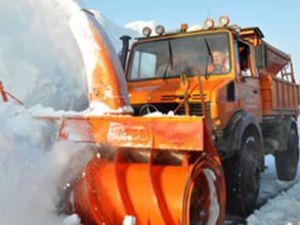 894 köy yolunu kar ulaşıma kapattı