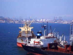 Aliağa, geçen yıl 4 bin 989 gemiyi ağırladı