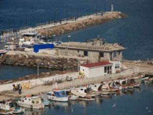 Çanakkale Yat Limanı binası yükseliyor
