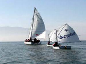DTO'dan gençlere ücretsiz yelken kursu