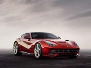 Ferrari F12 Berlinetta'yı tanıtacak