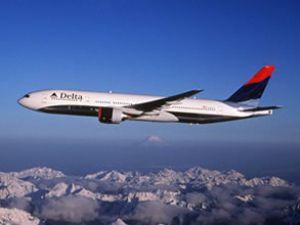 Delta Hava Yollarına ait uçak pistten çıktı