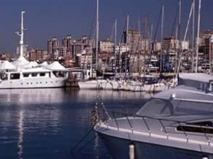 İzmir'e 18 yeni yat limanı yapılacak