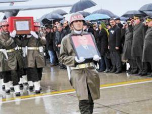 Şehit pilot, son yolculuğuna uğurlandı