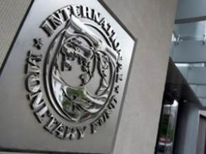 IMF Yunanistan'a krediyi onayladı