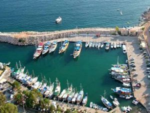 İzmir'deki 5 marinaya 17 firma talip oldu