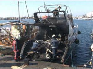 Yeşilköy Marina'da tekne yangını