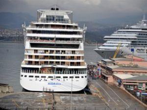 ÖİB, İzmir Limanı için İZTO'da görüştü