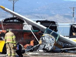 Havada iki küçük uçak çarpıştı: 2 ölü