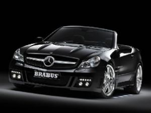 Mercedes SL Mayıs'ta Türkiye'ye geliyor