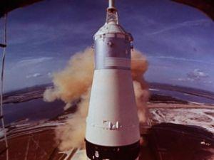Apollo 11'in motorları denizden çıkarılacak