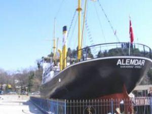 Alemdar gemisini 124 bin kişi ziyaret etti