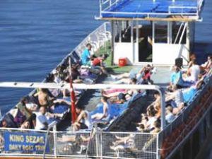 Marmaris'te tekne turu sezonu açıldı