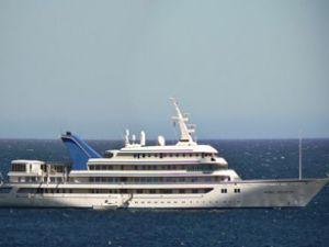 Suudi Kralı'nın yatı Yunanistan'a gitti