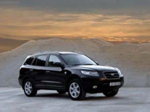 Hyundai Santa Fe'yi yeniledi