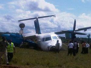 Air Tanzanya uçağı kalkışta yere çakıldı