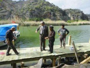 Dalyan'daki tekne ve iskeleler yenileniyor