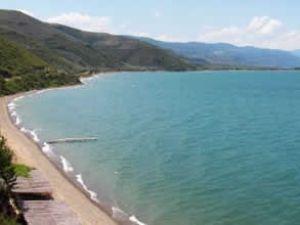 İznik Gölü tarım arazilerine zarar veriyor