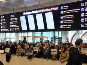 Atatürk Havalimanı'nda 'buluşma noktası'