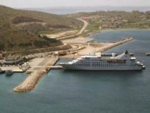 Çeşme Limanı kruvaziyer limanı oldu