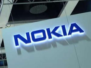 Nokia 929 milyon avro net zarar etti