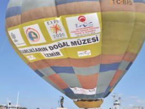Tanıtım uçuşları İzmir'de yapıldı