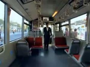 İETT'den şaka gibi metrobüs reklamı!