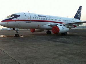 Kaybolan Superjet'in enkazına ulaşıldı