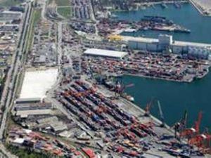 Mersin Limanı'nda işçiler iş bıraktı