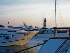 Rallinin lüks yatları Alanya Marina'da