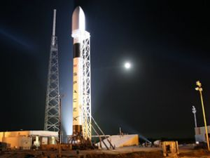 SpaceX Falcon9 ilk seferini yapamadı