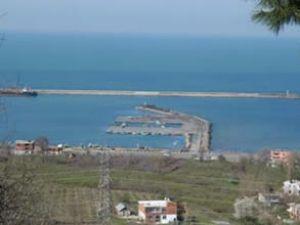 Ünye'de belediye ile OYAK'ın liman kavgası