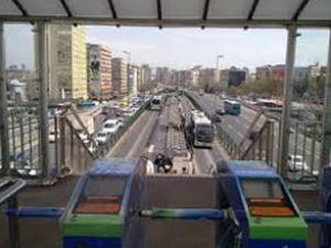 Mecidiyeköy metrobüs durağı yenileniyor