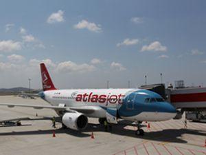Atlasjet Bodrum'a ilk uçuşunu yaptı