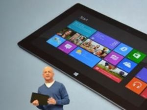Microsoft tablete 'Surface' ile girdi