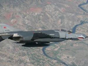 Türk askeri uçağını Suriye mi düşürdü?