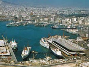 Cosco, gözünü Pire Limanı'na dikti