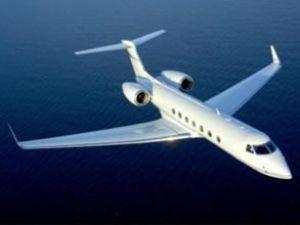Rahatsızlanan yolcu AHL'ye uçak indirtti