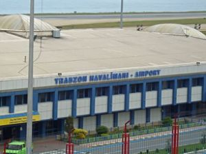 Yağmur Trabzon havalimanı'nı da vurdu