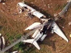 Ukrayna'da küçük uçak düştü: 3 kişi öldü