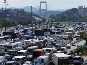 FSM'de bir şerit daha trafiğe kapatıldı