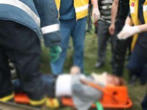 Yolcu otobüsüyle otomobil çarpıştı: 2 ölü