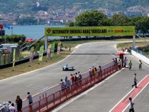 Formula Araç Yarışları Körfez Pisti'nde