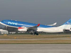 BMI Havayolları'na ait uçak acil iniş yaptı