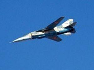 Suriyeli bir pilot daha Ürdün'e kaçtı