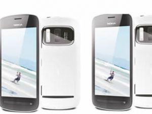Avea, Nokia 808 PureView'u satışa sundu