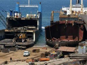 Komşudaki kriz, gemi sökümcülerine yaradı