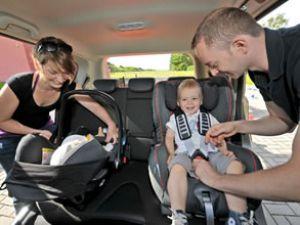 Çocuklarla güvenli seyahat için 10  kural